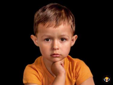 «Вихователі не можуть займатися з моїм сином»… Що значить втрата слуху для чотирирічної дитини?
